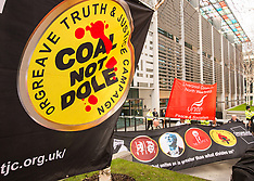 13 Mar 2017 - 'Make some noise for Orgreave' - Hundreds protest at the Home Office.