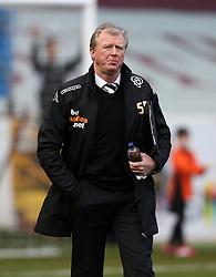Derby County Manager, Steve McClaren  - Photo mandatory by-line: Matt Bunn/JMP - Tel: Mobile: 07966 386802 22/02/2014 - SPORT - FOOTBALL - Turf Moor Stadium- Burnley - Burnley  v Derby County- Sky Bet Championship