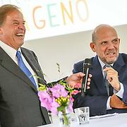 NLD/Laren/20150826 - Koningin Maxima opent Papageno Huis te Laren, Ivo Niehe en Jaap van Zweden