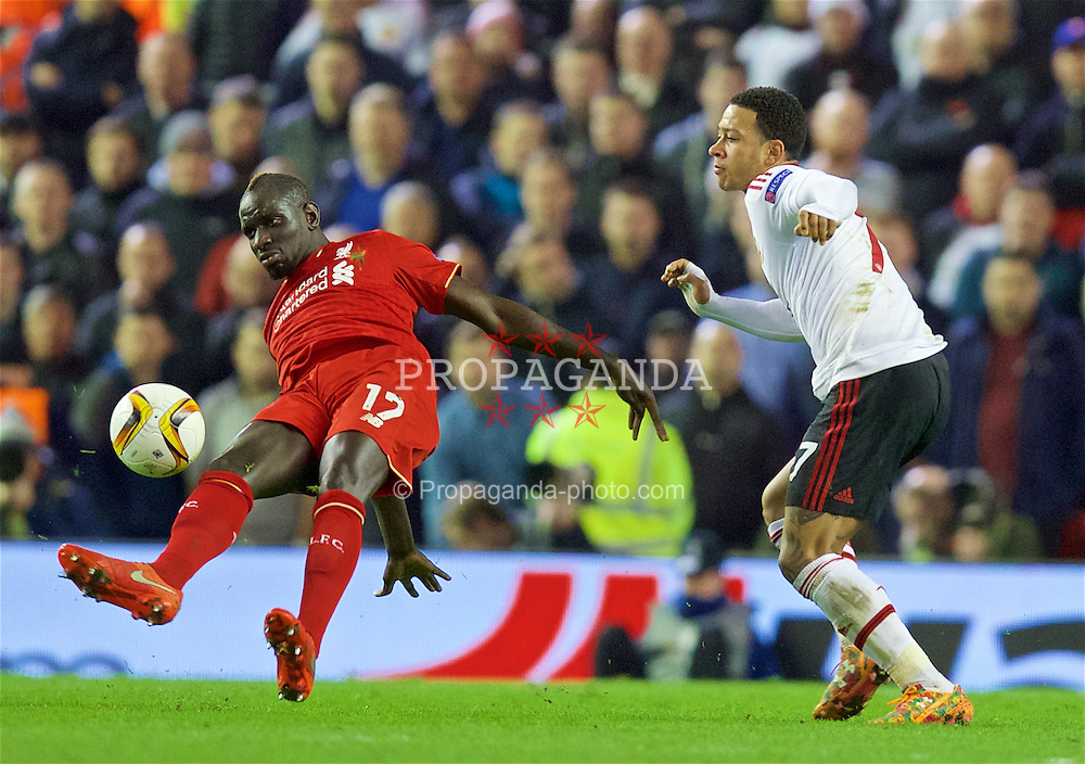 LIVERPOOL, ENGLAND - Thursday, March 10, 2016: Liverpool's Mamadou Sakho in action against Manchester United's Memphis Depay during the UEFA Europa League Round of 16 1st Leg match at Anfield. (Pic by David Rawcliffe/Propaganda)