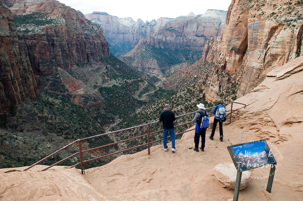 Tourists at the Canyon Overlook, Zion Canyon National Park, Utah