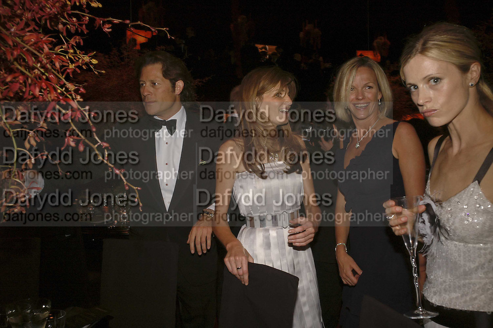 Arpad Busson, Jemima Khan, Elizabeth Murdoch and Laura Bailey, Ark Gala Dinner, Marlborough House, London. 5 May 2006. ONE TIME USE ONLY - DO NOT ARCHIVE  © Copyright Photograph by Dafydd Jones 66 Stockwell Park Rd. London SW9 0DA Tel 020 7733 0108 www.dafjones.com