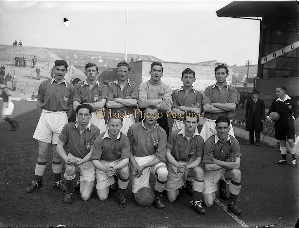 18/3/1953<br /> 3/18/1953<br /> 18 March 1953 <br /> Soccer, football: Limerick v Longford replay at Dalymount Park, Dublin. The  Longford team.
