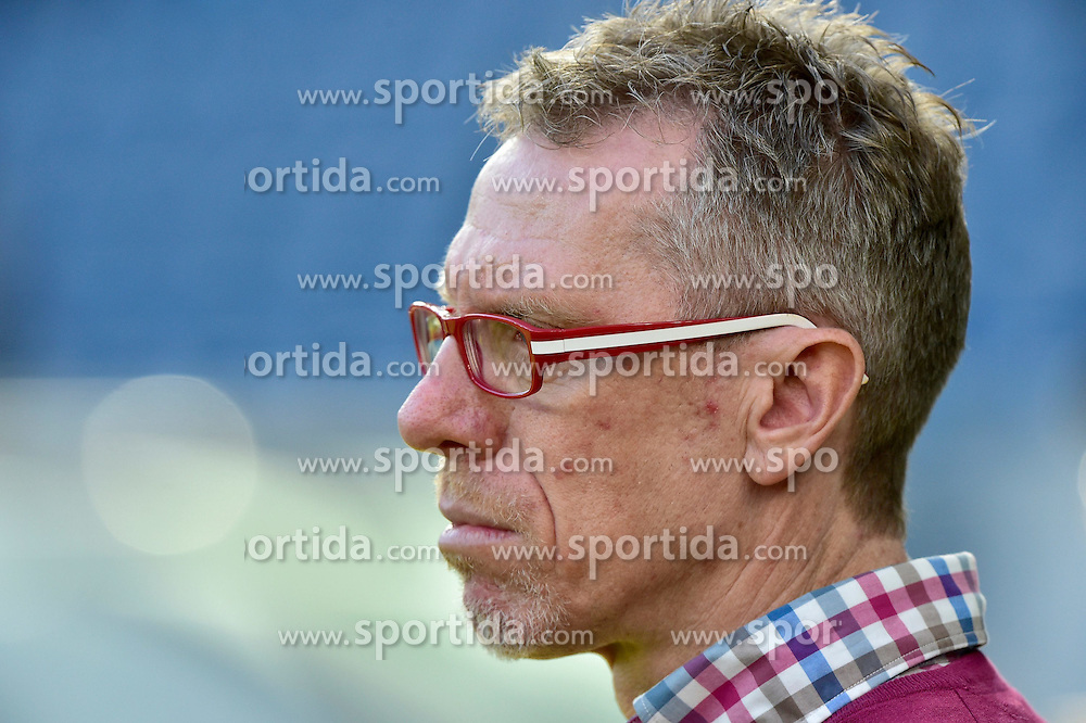 08.11.2014, Rhein Neckar Arena, Sinsheim, GER, 1. FBL, TSG 1899 Hoffenheim vs 1. FC K&ouml;ln, 11. Runde, im Bild Portrait Portraet Trainer Peter Stoeger 1. FC Koeln // during the German Bundesliga 11th round match between TSG 1899 Hoffenheim and 1. FC Cologne at the Rhein Neckar Arena in Sinsheim, Germany on 2014/11/08. EXPA Pictures &copy; 2014, PhotoCredit: EXPA/ Eibner-Pressefoto/ Weber<br /> <br /> *****ATTENTION - OUT of GER*****