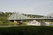Elbe, Loschwitz, Bruecke Blaues Wunder, Schaufelraddampfer, Dresden, Sachsen, Deutschland. .Dresden, Germany, river Elbe in Loschwitz, bridge blue wonder, paddle steamer