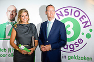 "HILVERSUM - Queen Maxima with Klaas Knot of the Dutch bank . , honorary president of platform Pointer in money matters is Thursday, September 11th attended the DNB Retirement Seminar 2014 in theater Spant in Bussum. The seminar's theme is ""The participant in the picture. One of the topics is the importance of pension awareness among consumers. Audiences are directors and policymakers from pension funds. COPYRIGHT ROBIN UTRECHT"