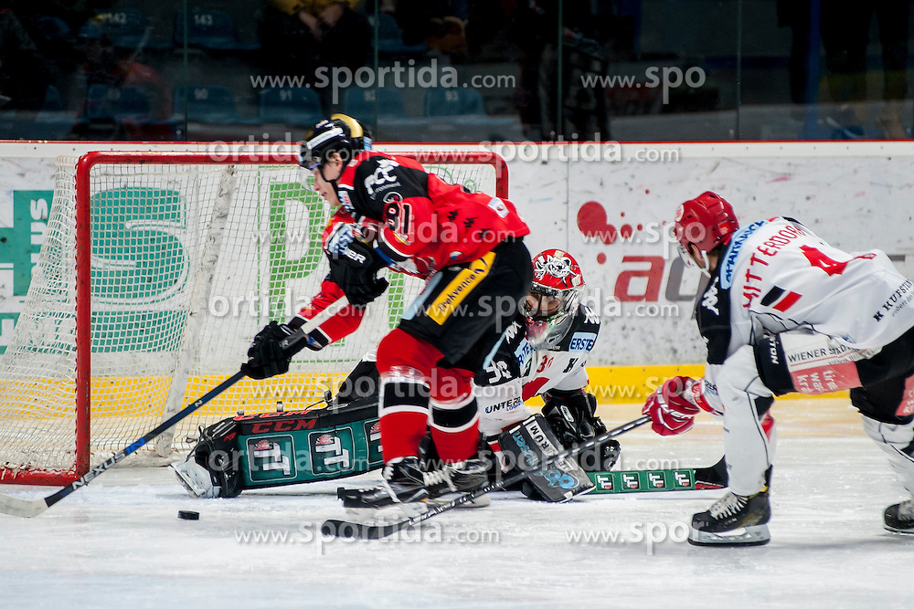 30.10.2016, Ice Rink, Znojmo, CZE, EBEL, HC Orli Znojmo vs HC TWK Innsbruck Die Haie, 40. Runde, im Bild v.l. Marek Gyori (HC Orli Znojmo) Andy Chiodo (HC TWK Innsbruck) Daniel Mitterdorfer (HC TWK Innsbruck) // during the Erste Bank Icehockey League 40th round match between HC Orli Znojmo and HC TWK Innsbruck Die Haie at the Ice Rink in Znojmo, Czech Republic on 2016/10/30. EXPA Pictures © 2017, PhotoCredit: EXPA/ Rostislav Pfeffer