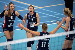 20-01-2019 NED: Talent Team Papendal - Sliedrecht Sport, Ede<br /> Round 15 of Eredivisie volleyball. Sliedrecht Sport win 3-0 (14-25, 14-25, 20-25) of Talent Team / (L-R) Fleur Savelkoel #6 of Sliedrecht Sport, Esther van Berkel #7 of Sliedrecht Sport