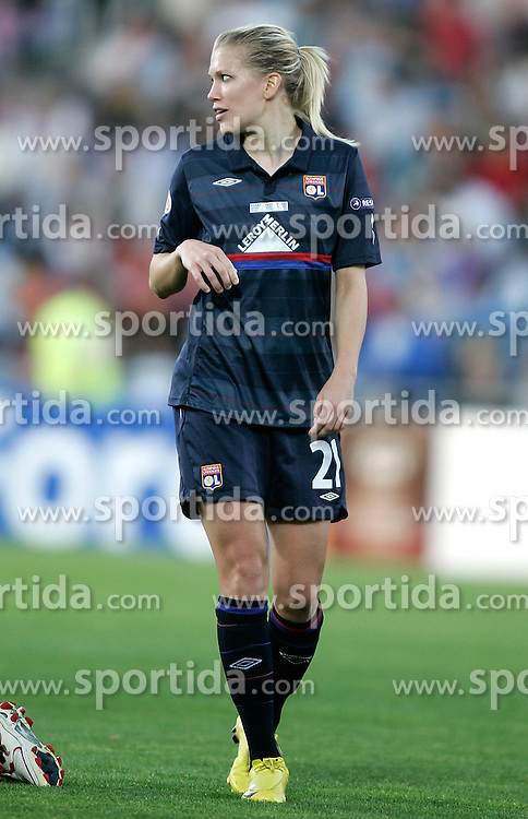 20.05.2010, Coliseum Alfonso Perez, Getafe, ESP, UEFA WOMEN Champions League Final 2010, Olympique Lyonnais vs Turbine Postdam, im Bild Olympique Lyonnais Lara Dickenmann. EXPA Pictures © 2010, PhotoCredit: EXPA/ Alterphotos/ Alvaro Hernandez / SPORTIDA PHOTO AGENCY