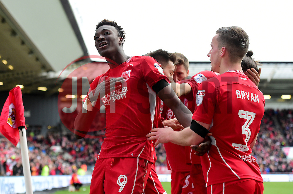 Tammy Abraham of Bristol City celebrates with team mates   - Mandatory by-line: Joe Meredith/JMP - 14/01/2017 - FOOTBALL - Ashton Gate - Bristol, England - Bristol City v Cardiff City - Sky Bet Championship
