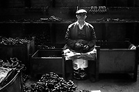 Phineas Parsons a shackle fitter upper at Barzillai Hingley Chainmaking in Cradley Heath, The Black Country West Midlands UK 1977
