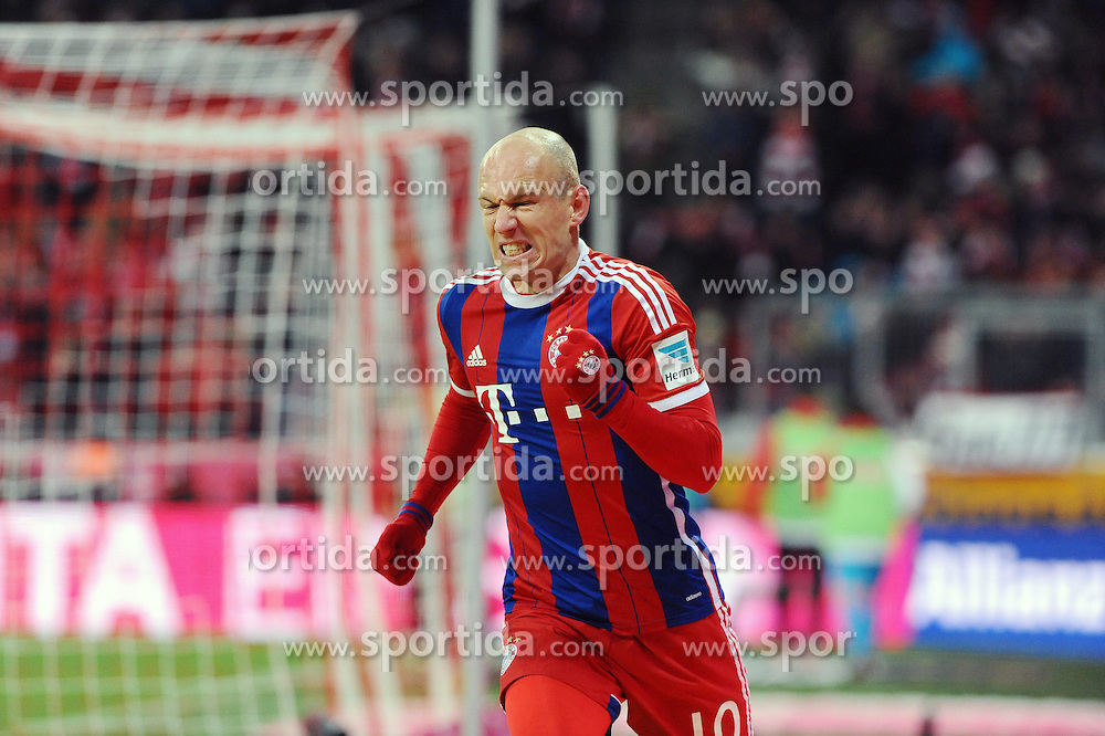27.02.2015, Allianz Arena, Muenchen, GER, 1. FBL, FC Bayern Muenchen vs 1. FC Köln, 23. Runde, im Bild Freude bei Arjen Robben (FC Bayern Muenchen) nach seinem Tor zum 3:1 // during the German Bundesliga 23rd round match between FC Bayern Munich and 1. FC Köln at the Allianz Arena in Muenchen, Germany on 2015/02/27. EXPA Pictures © 2015, PhotoCredit: EXPA/ Eibner-Pressefoto/ EXPA/ Stuetzle<br /> <br /> *****ATTENTION - OUT of GER*****