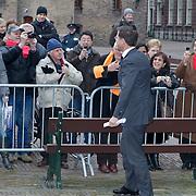 NLD/Den Haag/20120125 - Willem - Alexander, prinses maxima en Koninging Beatrix bij afscheid van 1e kamer voorzitter Herman Tjeenk Willink, aankomst premier Mark Rutte