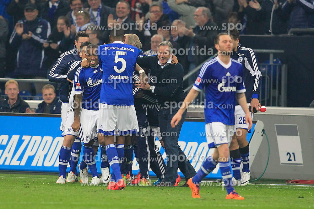 11.04.2014, Veltins Arena, Gelsenkirchen, GER, 1. FBL, Schalke 04 vs Eintracht Frankfurt, 30. Runde, im Bild Schaker Jubel nach dem Freistoss zum 3:0 durch Jefferson Farfan (FC Schalke 04 #17 - links) mit Trainer Jens Keller (FC Schalke 04 - rechts) // during the German Bundesliga 30th round match between Schalke 04 and Eintracht Frankfurt at the Veltins Arena in Gelsenkirchen, Germany on 2014/04/11. EXPA Pictures &copy; 2014, PhotoCredit: EXPA/ Eibner-Pressefoto/ Schueler<br /> <br /> *****ATTENTION - OUT of GER*****