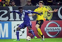 v.l. Fabrice N`Sakala, Erik Durm (Dortmund)<br /> <br /> Fussball Champions League, Gruppenphase, Borussia Dortmund - RSC Anderlecht<br /> Norway only