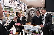 Signierstunde mit Tim Mälzer am Stand von DT-Collection