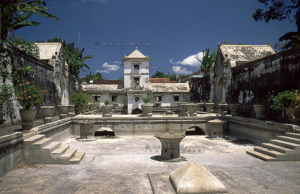 Indonesia, Java island, Yogyakarta: The Sultan's palace (kraton).<br /> Indonesia; Giava, Yogyakarta: Il palazzo del Sultano denominato KRATON.