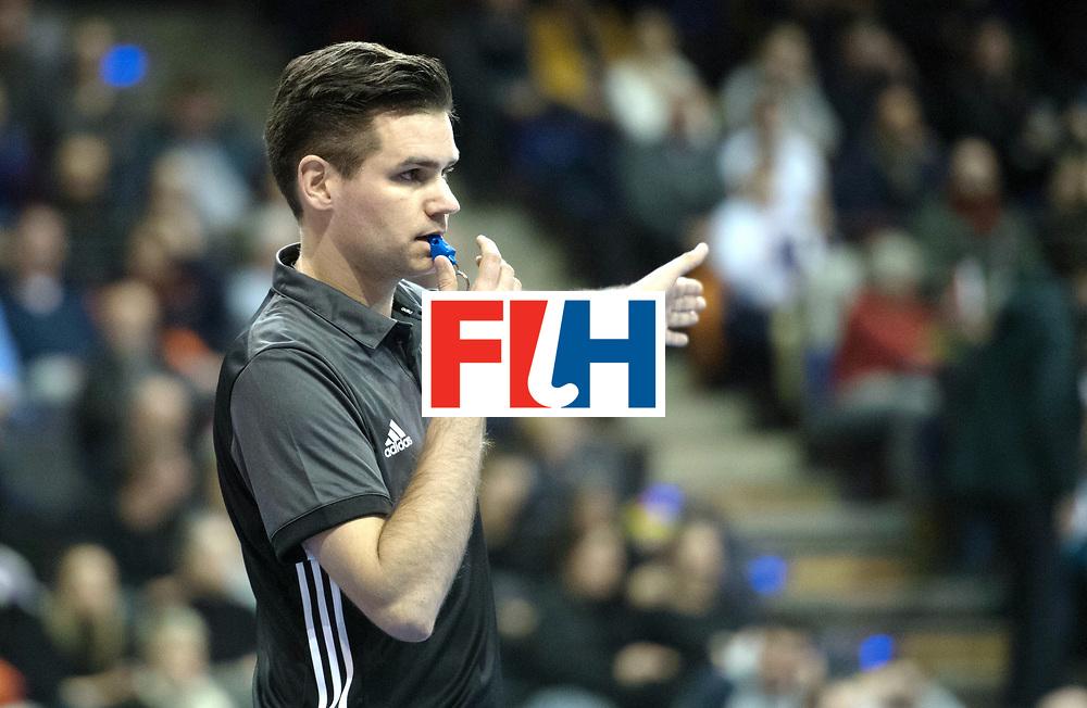 BERLIN - Indoor Hockey World Cup<br /> Quarterfinal 2: Austria - Poland<br /> foto: Umpire Ben Goentgen<br /> WORLDSPORTPICS COPYRIGHT FRANK UIJLENBROEK
