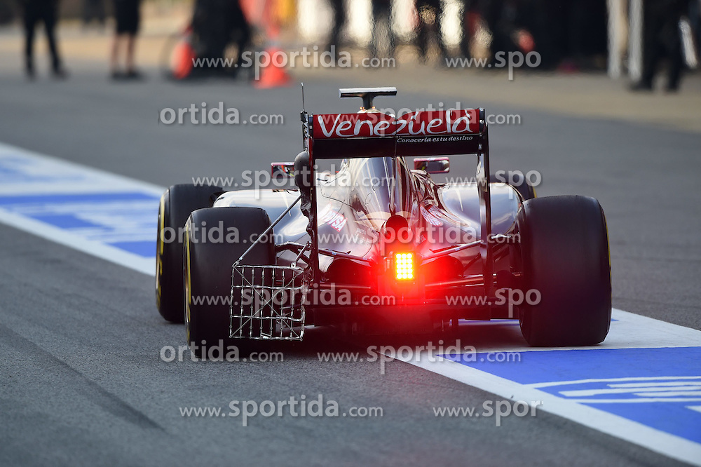 27.02.2015, Circuit de Catalunya, Barcelona, ESP, FIA, Formel 1, Testfahrten, Barcelona, Tag 2, im Bild Max Verstappen (NDL) Scuderia Toro Rosso STR10 with aero sensor // during the Formula One Testdrives, day two at the Circuit de Catalunya in Barcelona, Spain on 2015/02/27. EXPA Pictures &copy; 2015, PhotoCredit: EXPA/ Sutton Images/ Mark Images<br /> <br /> *****ATTENTION - for AUT, SLO, CRO, SRB, BIH, MAZ only*****