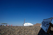 De tweede racedag. In Battle Mountain (Nevada) wordt ieder jaar de World Human Powered Speed Challenge gehouden. Tijdens deze wedstrijd wordt geprobeerd zo hard mogelijk te fietsen op pure menskracht. De deelnemers bestaan zowel uit teams van universiteiten als uit hobbyisten. Met de gestroomlijnde fietsen willen ze laten zien wat mogelijk is met menskracht.<br /> <br /> In Battle Mountain (Nevada) each year the World Human Powered Speed ​​Challenge is held. During this race they try to ride on pure manpower as hard as possible.The participants consist of both teams from universities and from hobbyists. With the sleek bikes they want to show what is possible with human power.