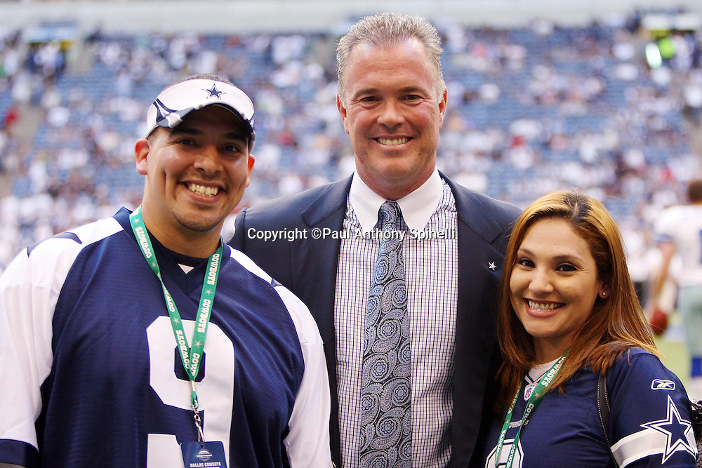 IRVING, TX - SEPTEMBER 15:  Stephen Jones, Chief Operating Officer, Executive Vice President, Director of Player Personnel of the Dallas Cowboys poses with the Bank of America winner before the game against the Philadelphia Eagles at Texas Stadium on September 15, 2008 in Irving, Texas. The Cowboys defeated the Eagles 41-37. ©Paul Anthony Spinelli *** Local Caption *** Stephen Jones