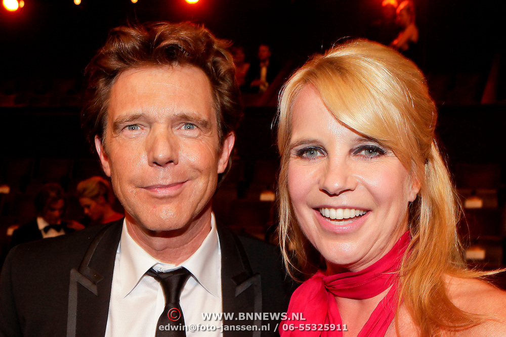 NLD/Amsterdam/20111019 - Televiziergala 2011, John de Mol en zus Linda de Mol