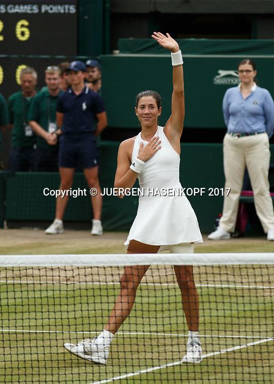 GARBI&Ntilde;E MUGURUZA (ESP) winkt und bedankt sich beim Publikum,Emotion, Endspiel, Final<br /> <br /> Tennis - Wimbledon 2016 - Grand Slam ITF / ATP / WTA -  AELTC - London -  - Great Britain  - 15 July 2017.