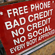 "Sign to get customes into the store, ""Free Phone"" Bad Credit No Credit No Social, Every Body Approved"""