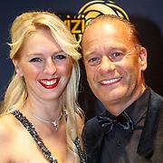 NLD/Amsterdam/20151015 - Televiziergala 2015, Rosalie de Jong en partner Ron Boszhard