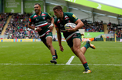 Jonny May of Leicester Tigers runs in to score a try - Mandatory by-line: Robbie Stephenson/JMP - 03/09/2017 - RUGBY - Welford Road - Leicester, England - Leicester Tigers v Bath Rugby - Aviva Premiership