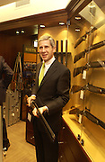 Stuart Rose. Charles Finch and Dr. Franco Beretta host launch of Beretta stor at 36 St. James St. London. 10  January 2006. ONE TIME USE ONLY - DO NOT ARCHIVE  © Copyright Photograph by Dafydd Jones 66 Stockwell Park Rd. London SW9 0DA Tel 020 7733 0108 www.dafjones.com