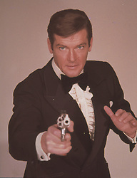 Jun 27, 1973; New York, NY, USA; Actor ROGER MOORE stars as James Bond in 'Live and Let Die.'   (Credit Image: © Entertainment Pictures/Entertainment Pictures/ZUMAPRESS.com)