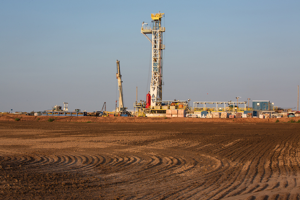 Active drilling rig at a fracking site, in Alva, Oklahoma. Alva is in Woods County in the Northwestern part of the state where the fracking industry is booming.