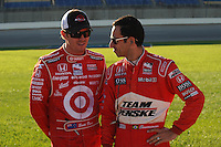 Scott Dixon, Helio Castroneves, Meijer Indy 300, Kentucky Speedway, Sparta, KY USA  8/1/08