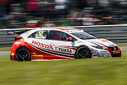 Gordon Sheddon | #52 Honda Yuasa Racing Civic Type R | British Touring Car Championship Race 1 - Photo mandatory by-line: Rogan Thomson/JMP - 07966 386802 - 07/06/2015 - SPORT - MOTORSPORT - Little Budworth, England - Oulton Park Circuit.