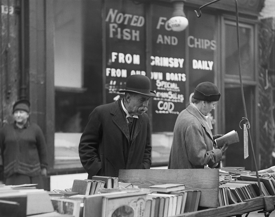 Franklin's Book Stall, New Cut and Lower Marsh, London, England, 1932