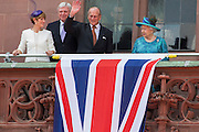 Deutschland | Frankfurt | 25.06.2015 : Queen Elisabeth II is visiting Frankfurt during her trip to Germany<br /> <br /> here: Queen Elisabeth II and Prince Philip on the balcony of Frankfurt's twon hall &quot;R&ouml;mer&quot; with the Prime Minister of the State of Hesse Volker Bouffier and his wife <br /> <br /> 20150625<br /> Sascha Rheker