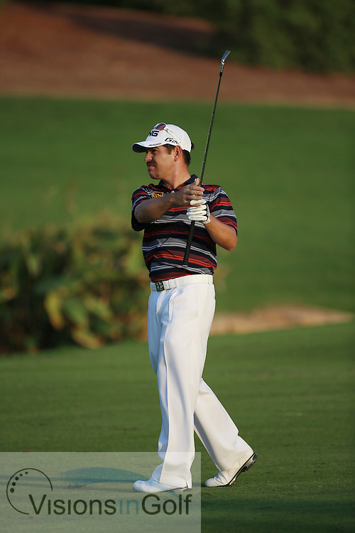 Louis Oosthuizen<br /> at the DP World Tour Championship, Jumeirah Golf Estates Earth, Dubai UAE 2012<br /> Picture Credit:  Mark Newcombe / www.visionsingolf.com
