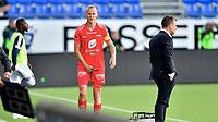 Fotball , 02. juli 2020 , Eliteserien  ,  Sarpsborg - Brann<br /> Kristoffer Barmen   , Brann <br /> holder seg til lysken og blir byttet ut