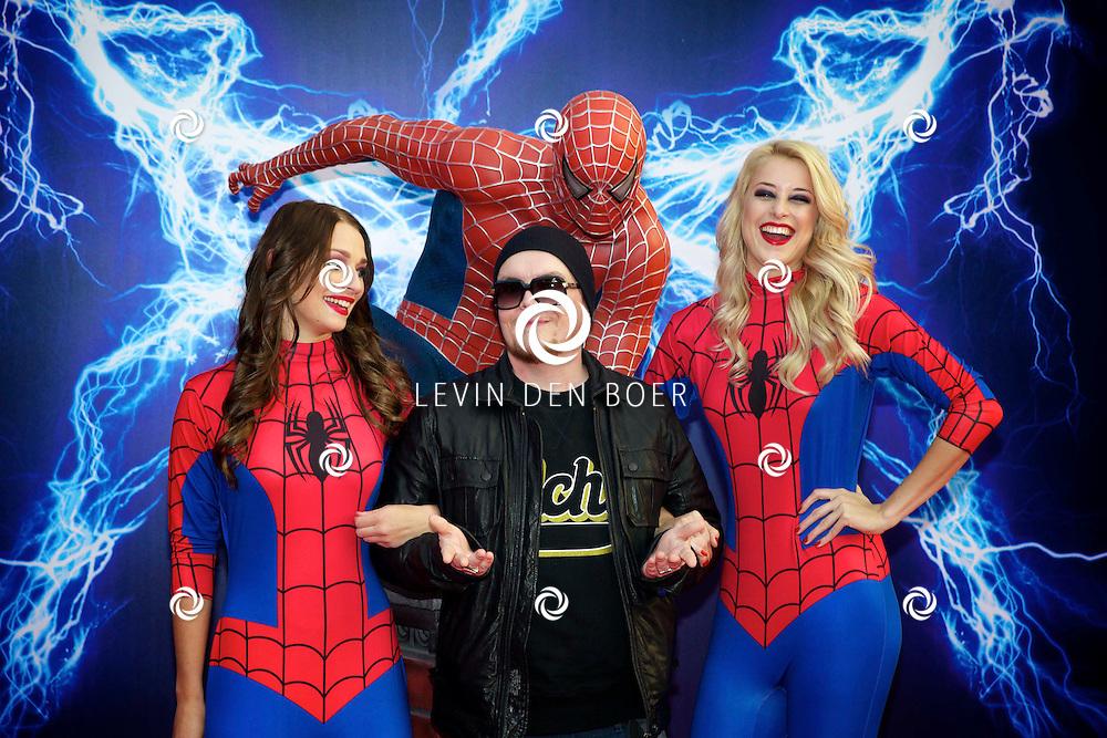 AMSTERDAM - Bij het Pathe ArenA Theater is de filmpremière van Spiderman II gehouden. Met hier op de foto  Gerrit-Jan (Gert-Jan) Mulder, alias Brainpower of MC Brainpower. FOTO LEVIN DEN BOER - PERSFOTO.NU