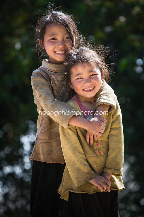 Vietnam images-children-portrait hoàng thế nhiệm