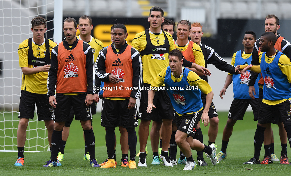 Players wait for a cross to be delivered. A-League Football. Wellington Phoenix training session at Eden Park, Friday 12 December 2014. Photo: Andrew Cornaga/photosport.co.nz