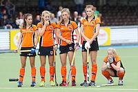 AMSTELVEEN - 16/05 -  Spanning bij de meisjes van OZ,  finale NK Meisjes A tussen Amsterdam en   Oanje-Zwart.  OZ wint na shoot outs.  FOTO KOEN SUYK