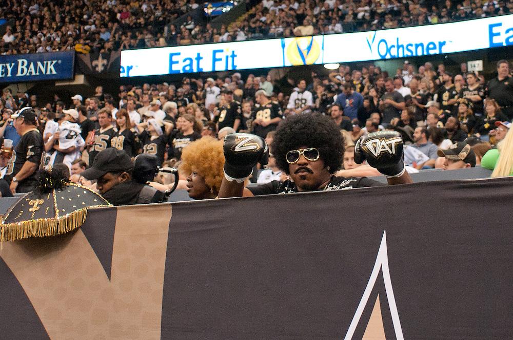 21 November 2010: Fans