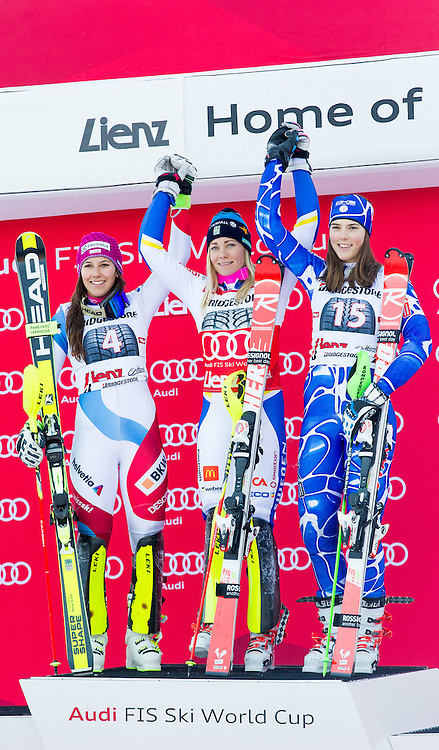 29.12.2015, Hochstein, Lienz, AUT, FIS Ski Weltcup, Lienz, Slalom, Damen, Siegerehrung, im Bild v.l. Wendy Holdener (SUI, 2. Platz), Frida Hansdotter (SWE, 1. Platz) und Petra Vlhova (SVK, 3. Platz) // f.l. 2nd placed Wendy Holdener of Switzerland, Winner Frida Hansdotter of Sweden and 3rd placed Petra Vlhova of Slovakia during award ceremony after ladies Slalom of the Lienz FIS Ski Alpine World Cup at the Hochstein in Lienz, Austria on 2015/12/29. EXPA Pictures © 2015, PhotoCredit: EXPA/ Michael Gruber
