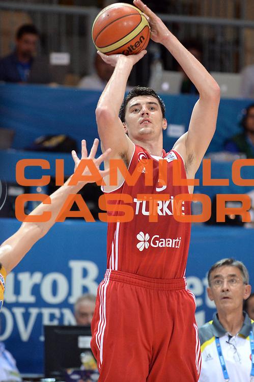 DESCRIZIONE : Capodistria Koper Slovenia Eurobasket Men 2013 Preliminary Round Turchia Svezia Turkey Sweden<br /> GIOCATORE : Emir Preldzic<br /> CATEGORIA : Tiro<br /> SQUADRA : Turchia Turkey<br /> EVENTO : Eurobasket Men 2013<br /> GARA : Turchia Svezia Turkey Sweden<br /> DATA : 08/09/2013<br /> SPORT : Pallacanestro&nbsp;<br /> AUTORE : Agenzia Ciamillo-Castoria/Max.Ceretti<br /> Galleria : Eurobasket Men 2013 <br /> Fotonotizia : Capodistria Koper Slovenia Eurobasket Men 2013 Preliminary Round Turchia Svezia Turkey Sweden<br /> Predefinita :
