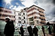L'AQUILA. LA CASA DELLO STUDENTE SIMBOLO DELLA TRAGEDIA DEL SISMA DELL'AQUILA DOVE PERSERO LA VITA INTRAPPOLATI TRA LE MACERIE OTTO STUDENTI