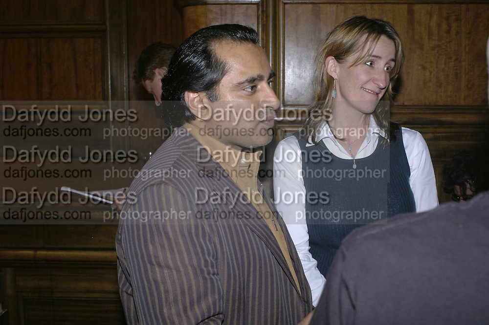 Sanjeer Bhaskar, THE RAPT QUIZ, 13 November  2006, Hammersmith Town Hall. ONE TIME USE ONLY - DO NOT ARCHIVE  © Copyright Photograph by Dafydd Jones 66 Stockwell Park Rd. London SW9 0DA Tel 020 7733 0108 www.dafjones.com