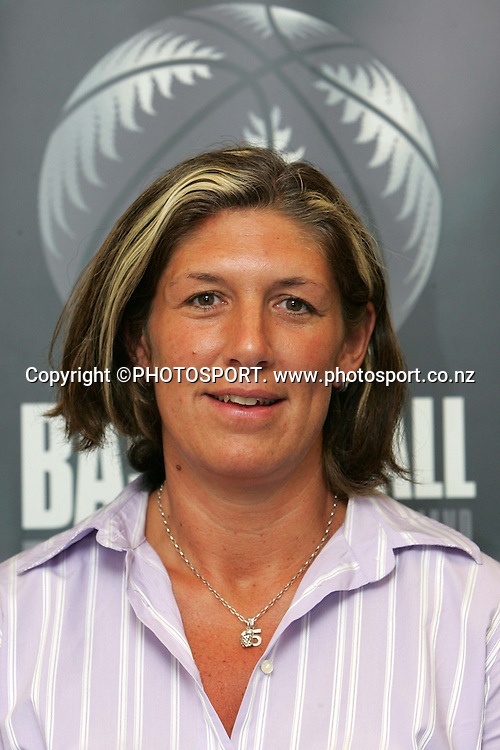 Jane Thackray of Basketball New Zealand, Wellington, January 2007. Photo: Tim Hales/PHOTOSPORT