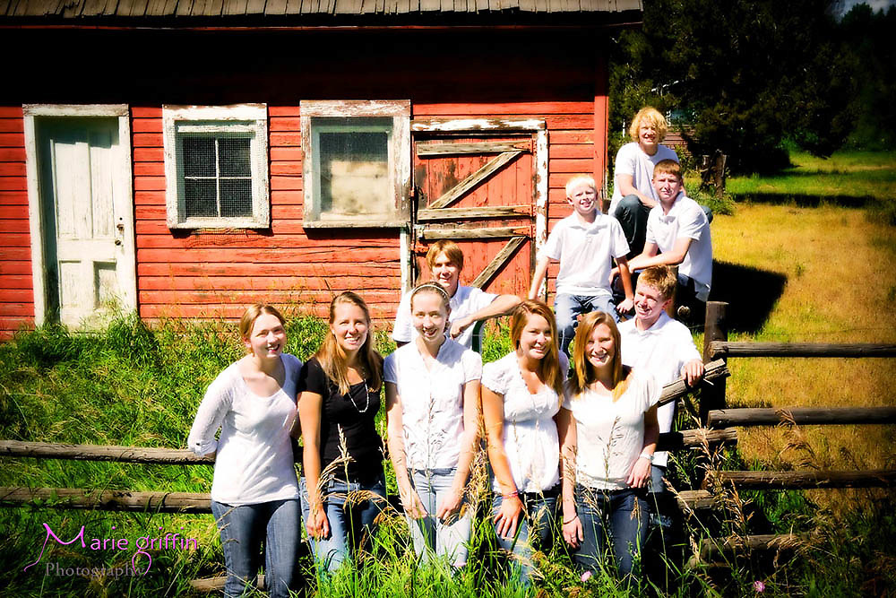 Barbara Faulhaber family photo near Highline Canal in Littleton, CO on July 10, 2010.<br /> By: Marie Griffin Photography